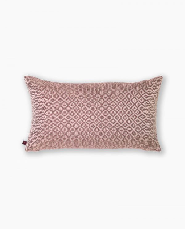 almofada decorativa em vermelho