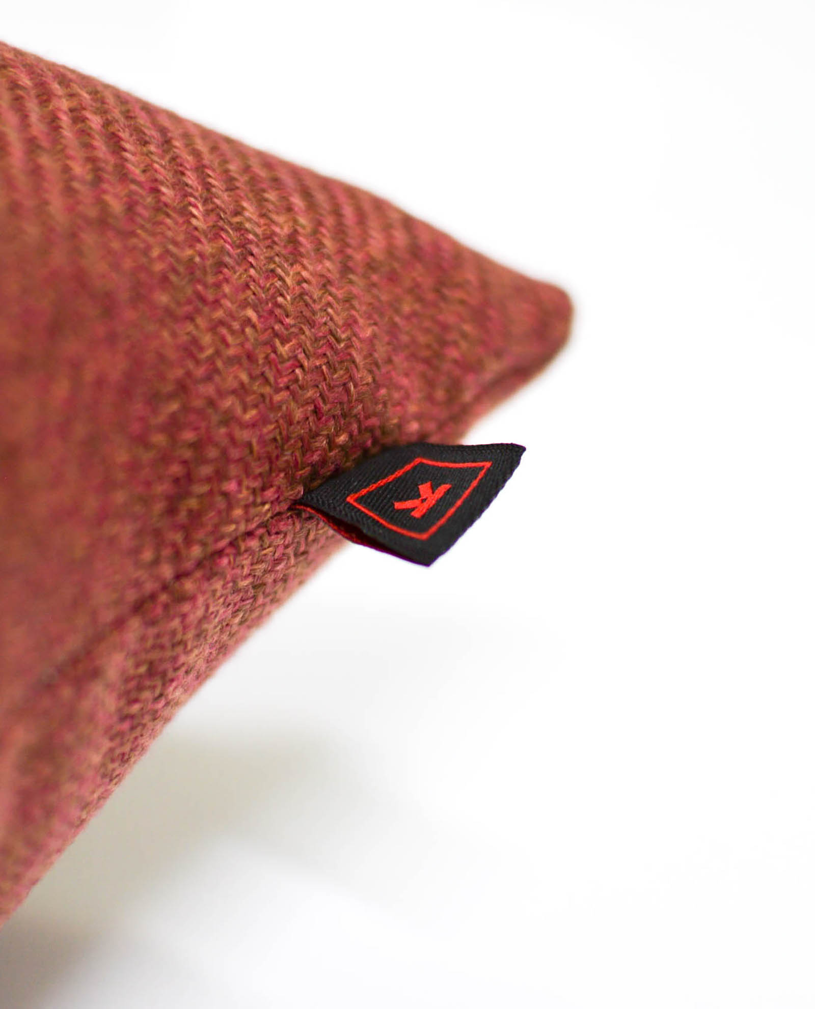 almofada em tecido vermelho