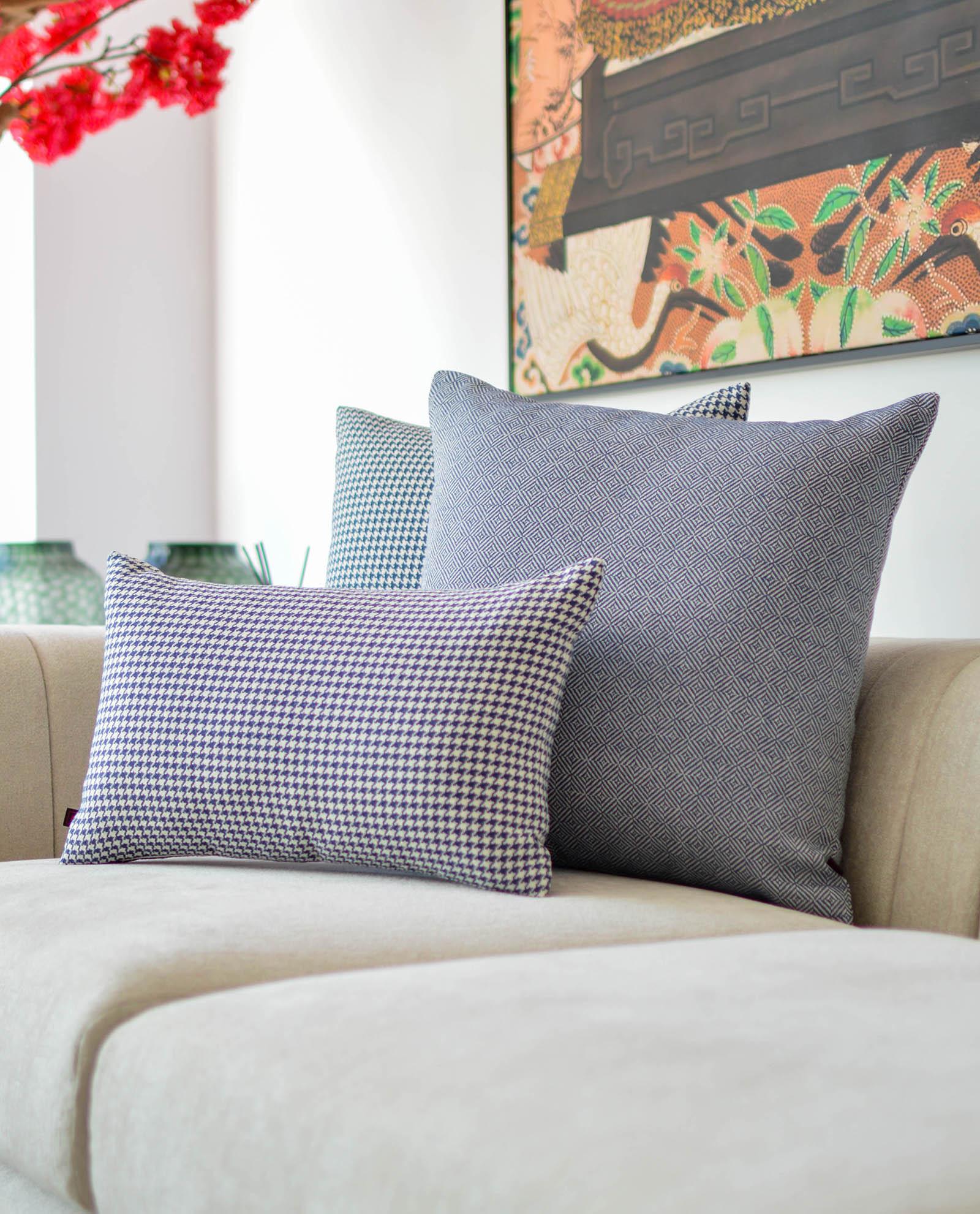 almofada padrão azul