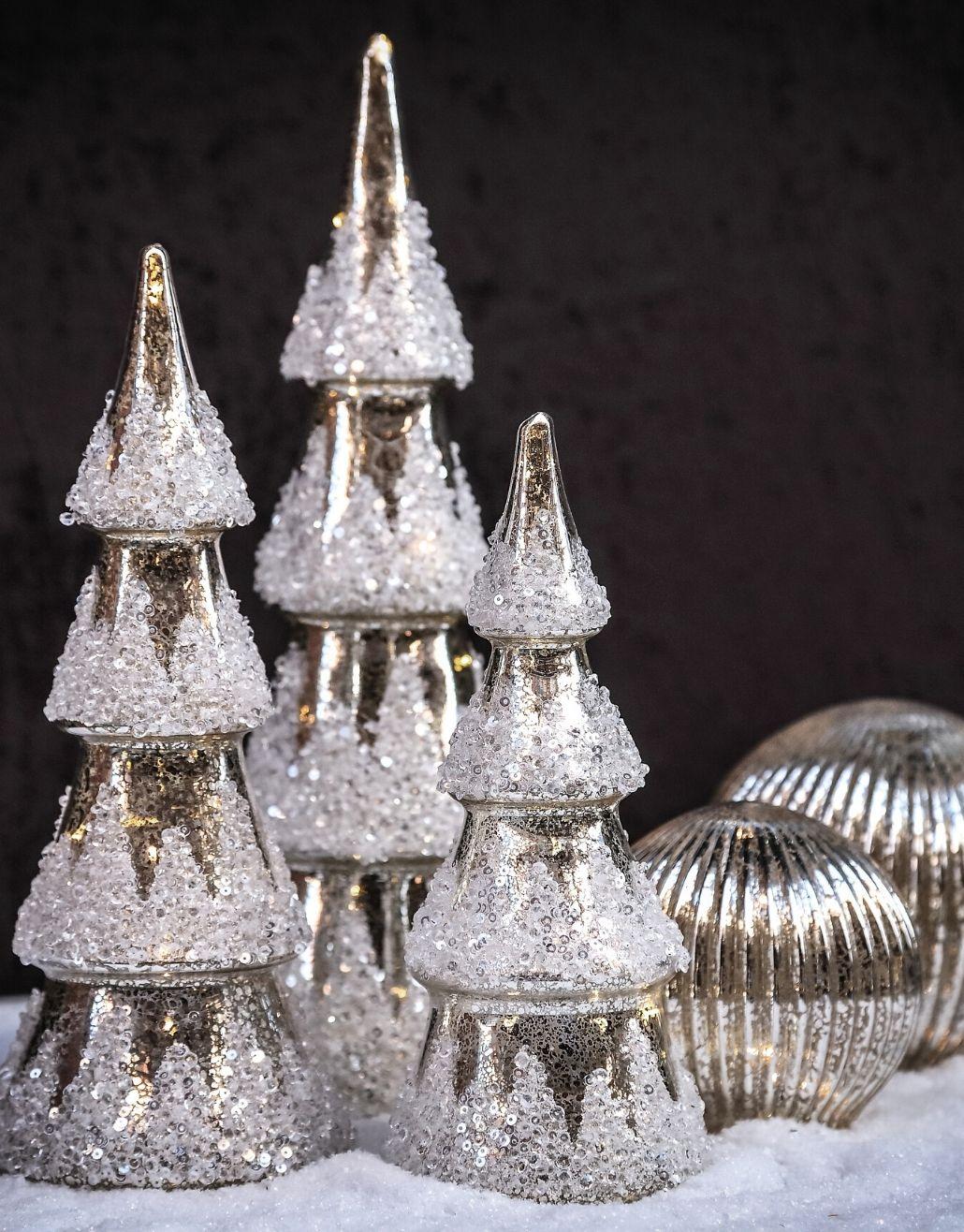 árvore de natal com luzes led